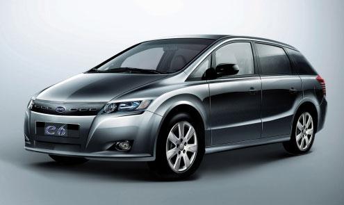 百公里能耗21.5度 比亚迪纯电动车e6交付使用高清图片